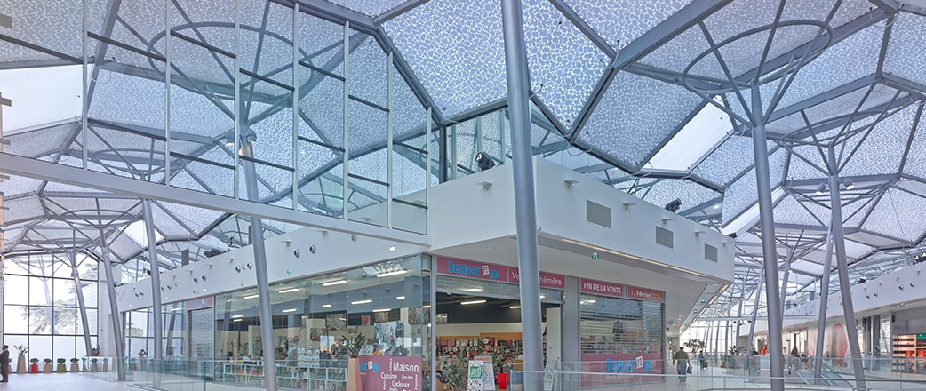 Texlon® ETFE cladding with its insulation properties covering the atrium.