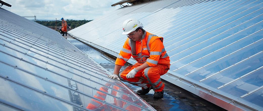 Wir haben das Glasdach und -fassade am Bahnhof Carlisle durch ein Texlon® ETFE-Dach und eine Fassade ersetzt. Es war die Lösung für das denkmalgeschützte Gebäude.