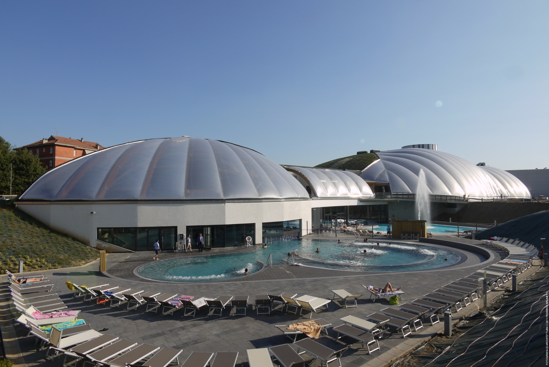 Our Texlon® ETFE system creates a year-round swimming and entertainment experience