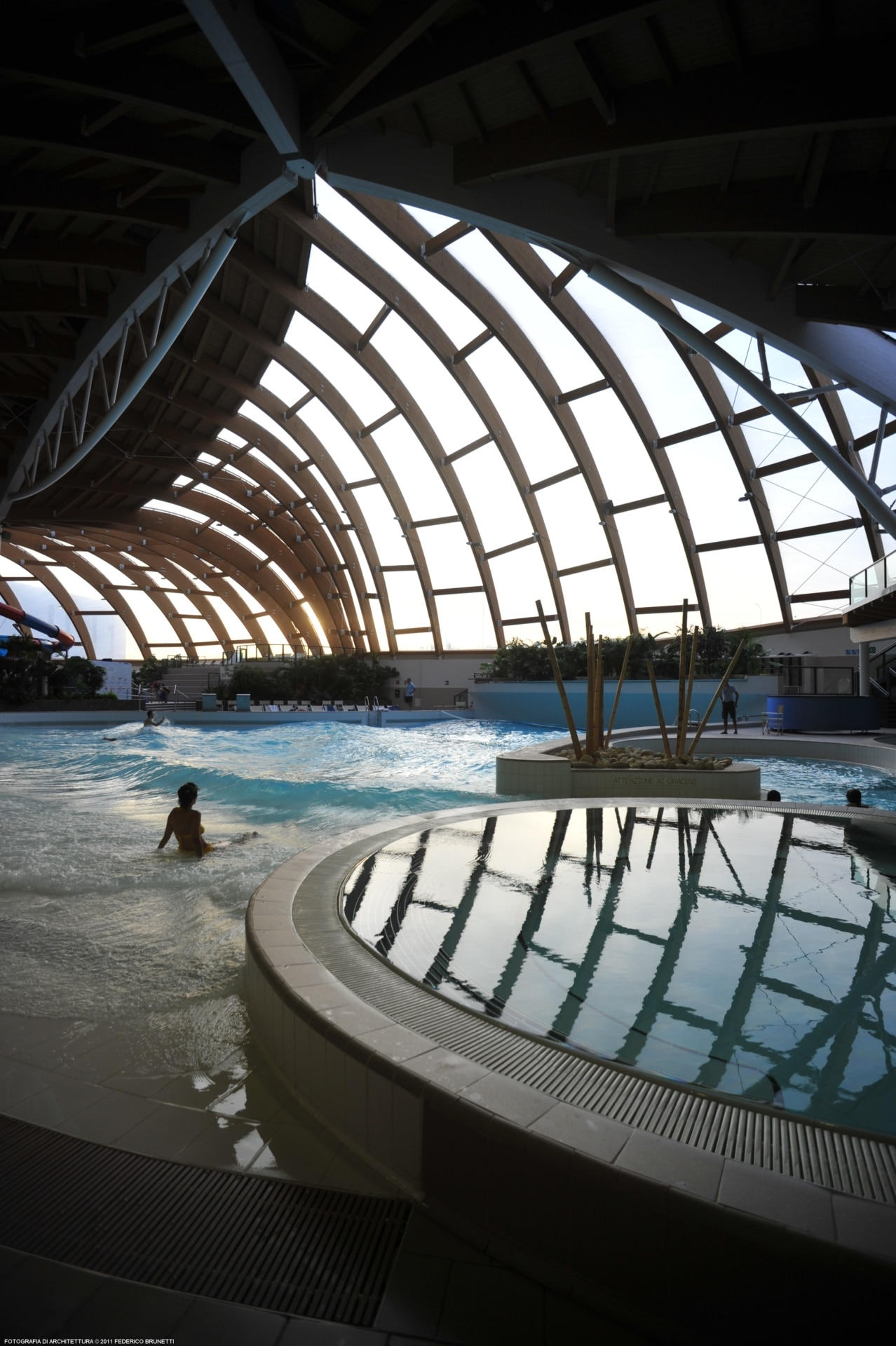 AcquaWorld is Italy's first all-year indoor water park, under a ETFE roof with exceptional light transmission properties.