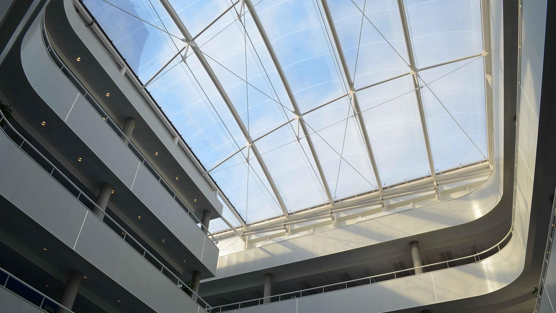 The use of Texlon® ETFE offers significant benefits compared to other transparent cladding systems on both new buildings and refurbishment projects.