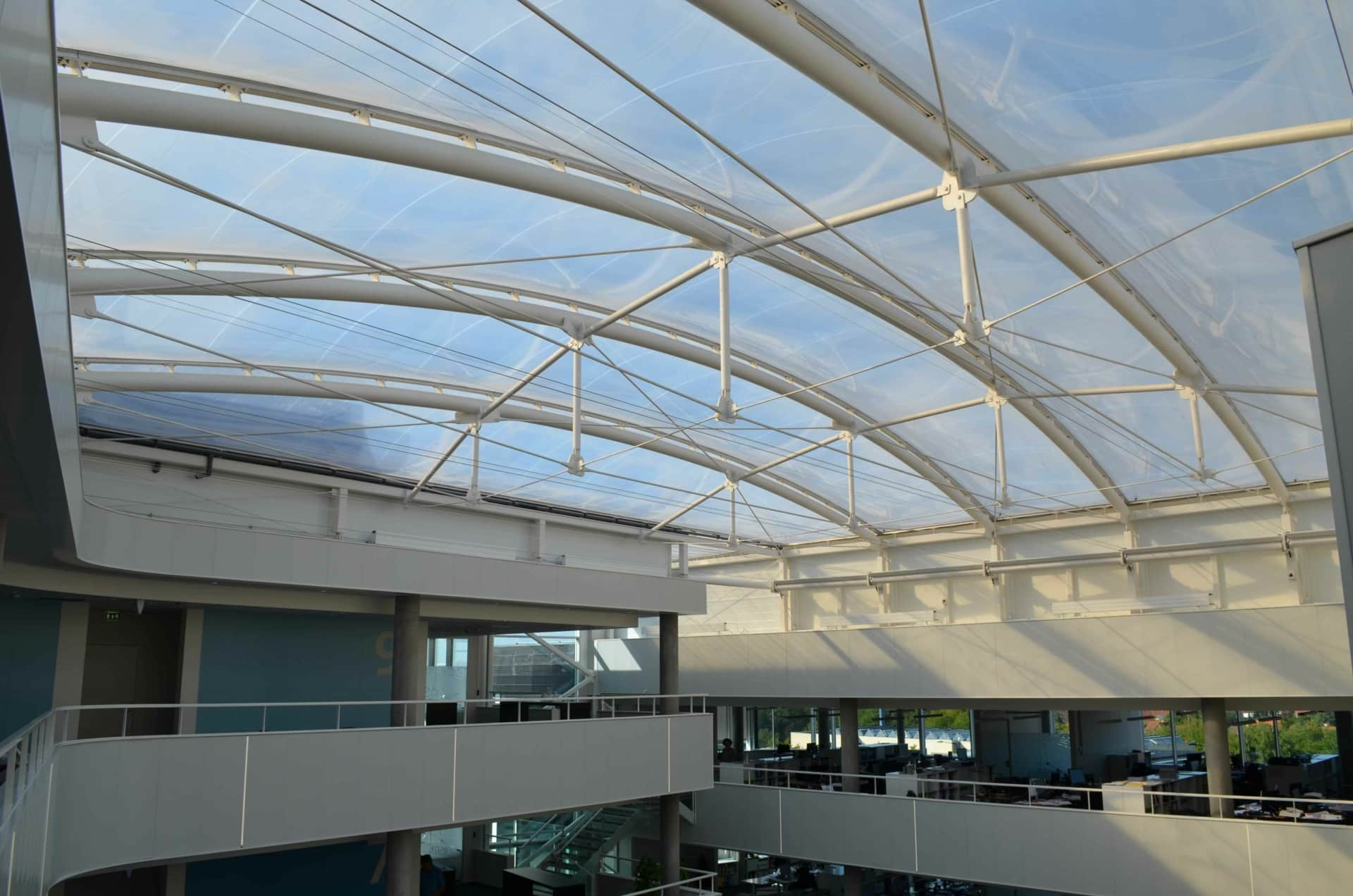 The architects created an impressive office building in a Yin Yang shape - with a Texlon® ETFE system.