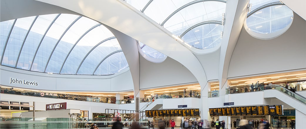 Das Texlon® ETFE Atrium bringt die nötige Helligkeit und das Wohlbefinden für das neue Zentrum.