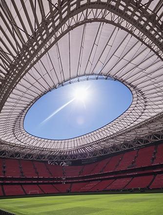 In der Sommerpause 2016 wurde eine Erweiterung des Daches des Fußballstadions San Mamés mit Texlon® ETFE fertiggestellt.
