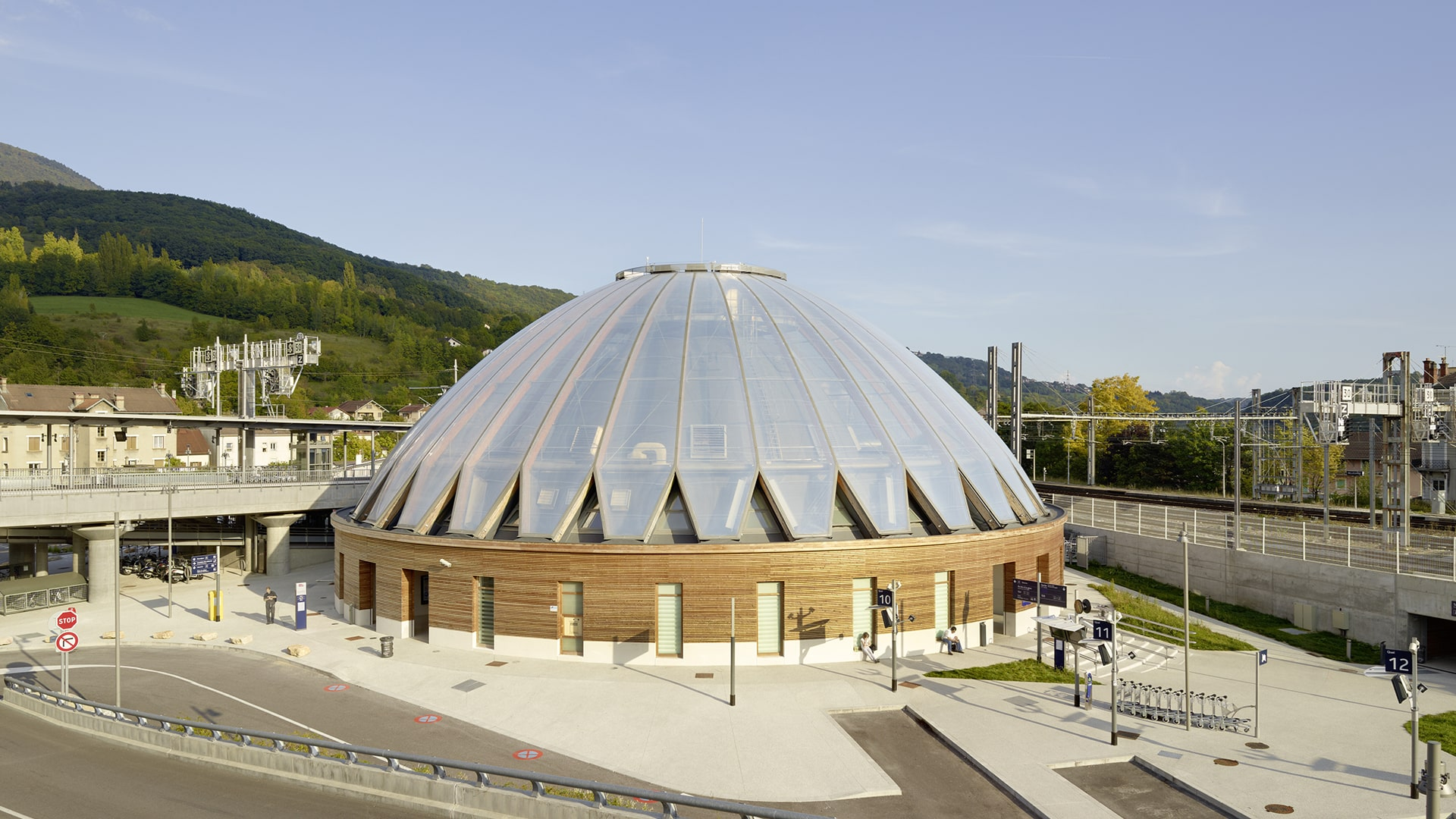 The terminal building of the station Gare de Bellegarde is covered with Texlon® ETFE cladding on a timber structure by Vector Foiltec.