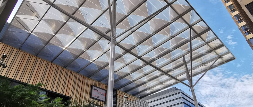 The Texlon® ETFE cushions of the Paya Lebar Quarter, Singapore, have a unique feature that allows the canopy to stand out.