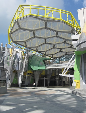 canopies used varying print patterns to ensure ambient comfort and protect visitors from solar gain.