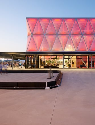 MCH Herning can choose from a variety of colors and match the facade according to each event.