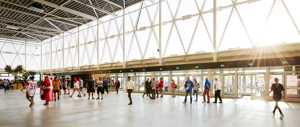 MCH Herning exhibition center has been given new spaces: a new arena and an arrival building, which includes a Texlon® ETFE facade that is over 2000 m2.