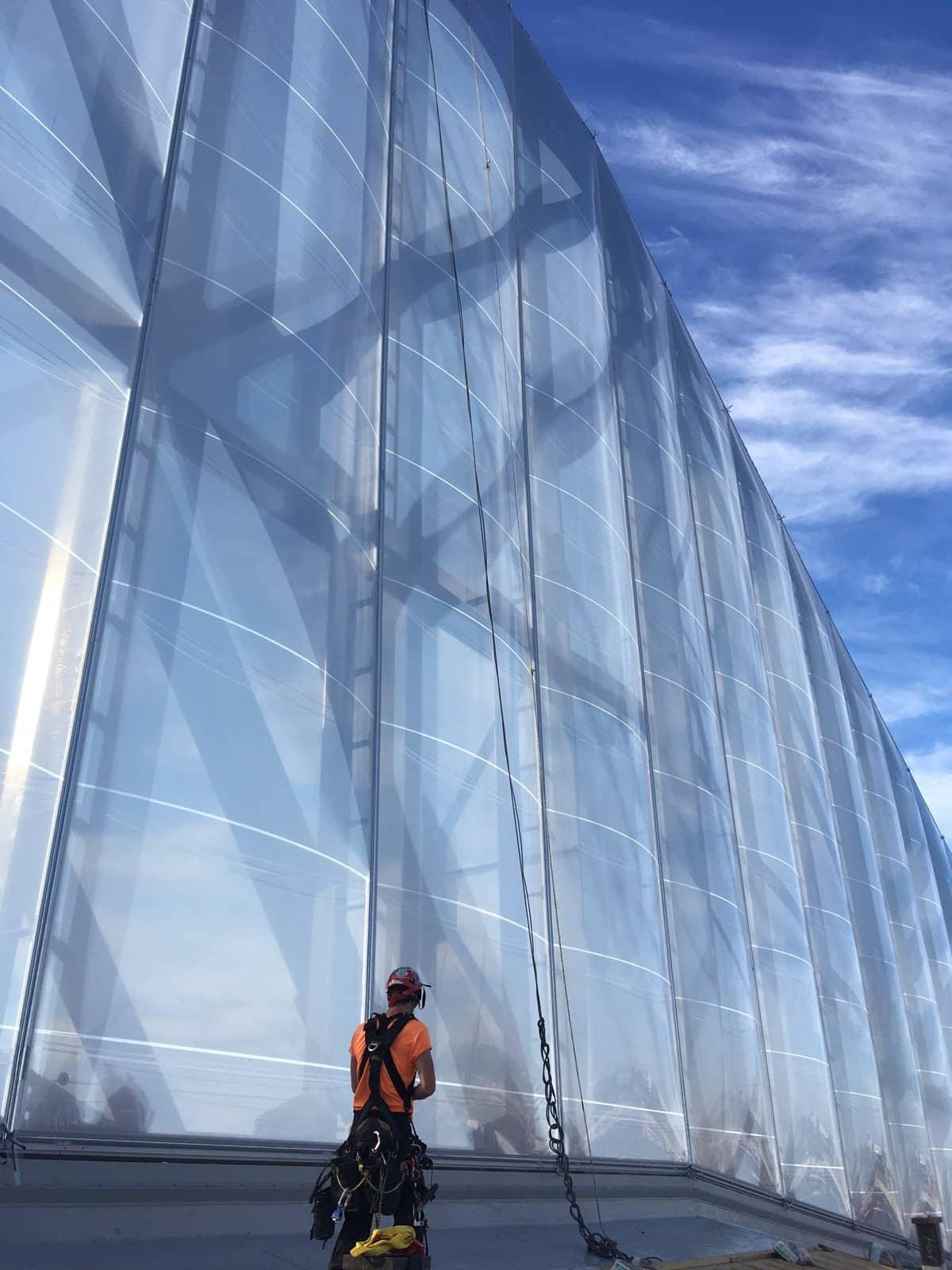 Installation of the ETFE vertical facade